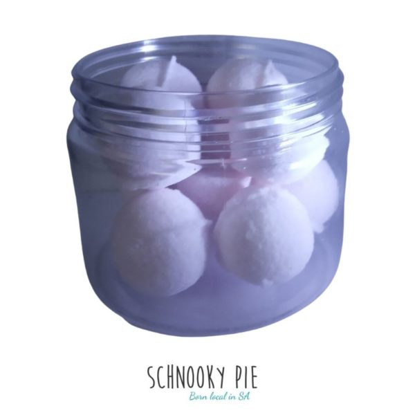 White Lavender bath bombs, perfect for sleepy time!